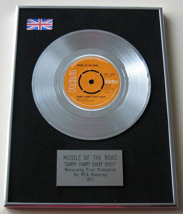 Throwback Thursday:  Platinum disc for Chirpy Chirpy Cheep Cheep, one of 40 sound recordings in the history of recorded music to have sold in excess of 10 million copies, continued it's No. 1 run on the Official UK Charts on this day in 1971.🐥