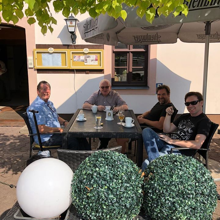 Ian McCredie and Stephan Ebn with Tommy Gorman and Harry Bernsden in Wermsdorf sunshine.