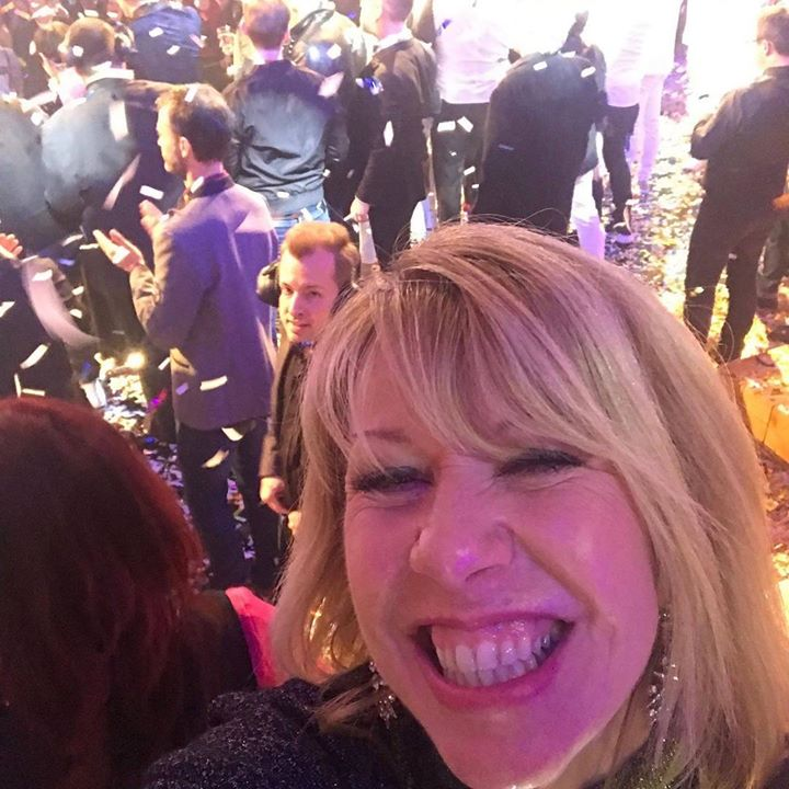 Cheeky selfie from Lorna at the ORF NYE show 🐥